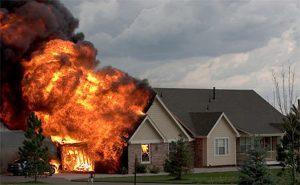 Mơ thấy cháy nhà chơi lô đề con gì?