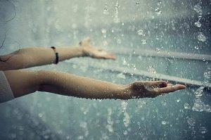 Mơ thấy mưa có điềm báo gì?