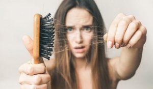Nằm mơ thấy rụng tóc nên đánh con gì?